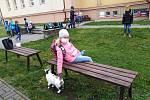 Možnost trávit více čase venku i při výuce mají děti na Základní škole v Dřevohosticích.