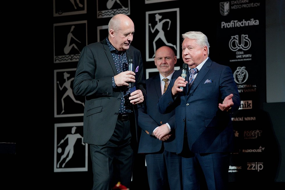Vyhlášení Sportovce Olomouckého kraje za rok 2019 v Městském domě v Přerově.  Miroslav Černošek (vpravo)