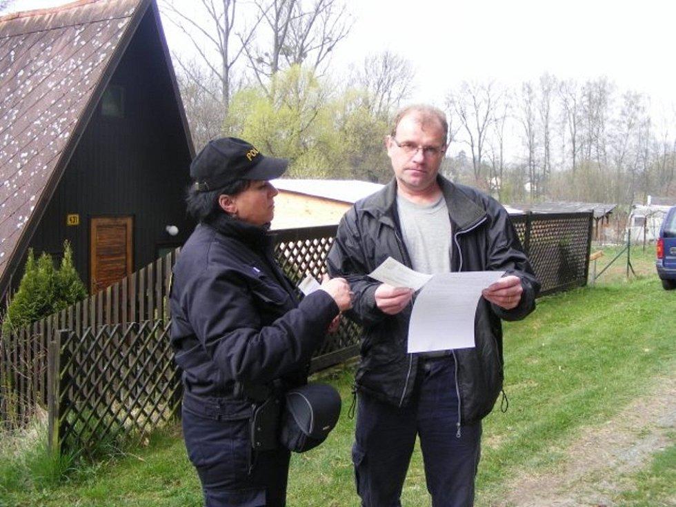 Policejní kontrola chat na Přerovsku