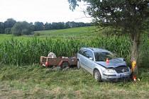 Dva spolujezdci řidiče vozu Volkswagen Passat utrpěli zranění při nehodě, která se stala v pondělí ráno mezi Dolními Nětčicemi a Soběchleby