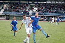 1. FC Přerov (v modrém) proti Lipníku