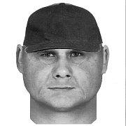 Policisté sestavili s pomocí poškozené identikit muže, který okradl 23. března odpoledne ve Vlkoši seniorku.