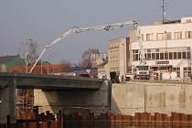 Stavba Tyršova mostu v Přerově - konec ledna 2012