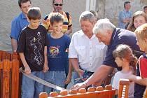 Slavnostní otevření dětského hřiště v Lobodicích