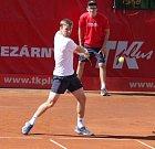 Do finále čtyřhry se na prostějovském challengeru probojovala rakouská dvojice Julian Knowle s Philippem Oswaldem proti Polákovi Mateuszovi Kowalczykovi a Igorovi Zelenayemu ze Slovenska.