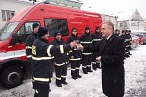 Dobrovolní hasiči v Přerově získali novou techniku na boj s ničivým živlem. Její pořízení přišlo na více než dva miliony korun.