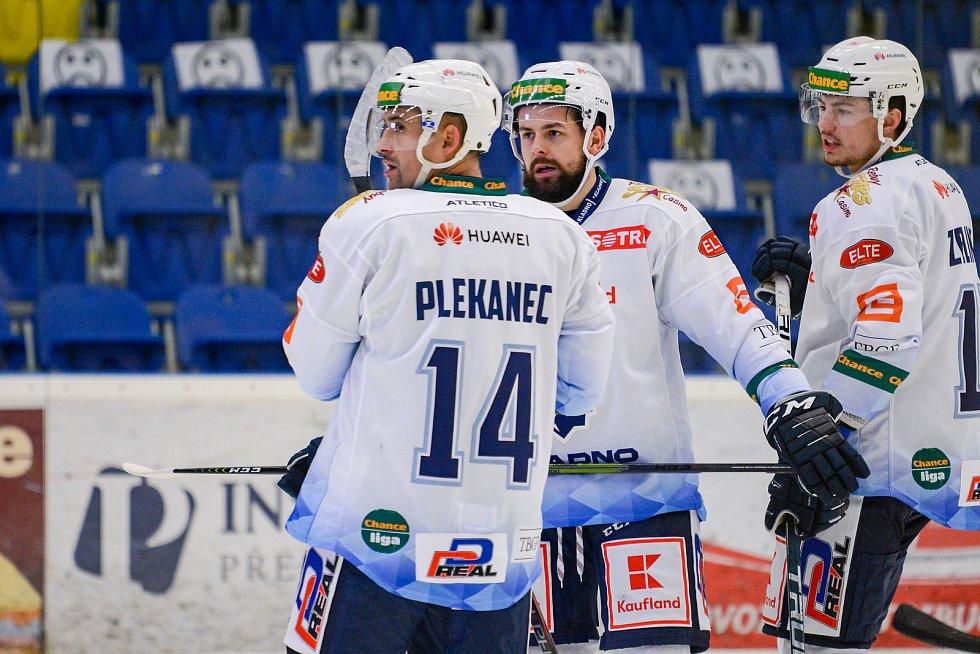 Hokejisté Přerova (v modrém) proti Kladnu. Tomáš Plekanec