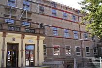 Rekonstrukce školy v Dřevohosticích