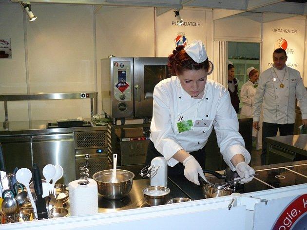 Zlato, stříbro i bronz si přivezli z prestižní soutěže Gastro Junior 2013 studenti Střední školy gastronomie a služeb