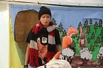 Desítky stánků, kolotoče, ale také ukázky řemesel a pestrý program studia Bez kliky nabídla letošní Anenská pouť v Drahotuších u Hranic. Na akci jen v sobotu zamířily tisíce lidí.