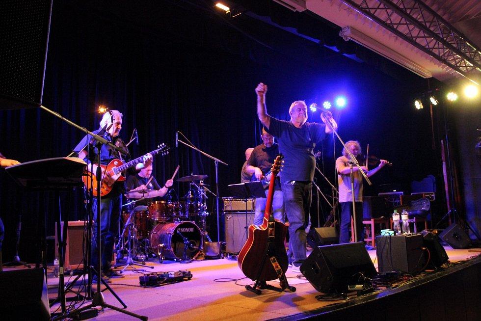 Michal Prokop a Framus Five v přerovském klubu Teplo