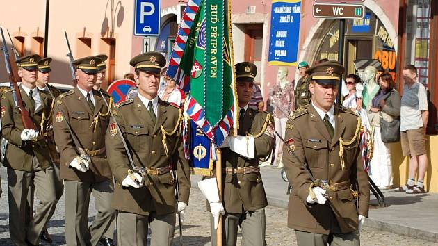 Oslavy 50. výročí vzniku 101. spojovacího praporu v Lipníku nad Bečvou