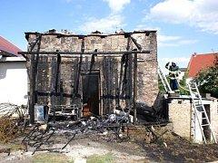 Požár pergoly a přístavku v Troubkách