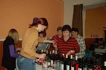 Košt vína v Oseku nad Bečvou