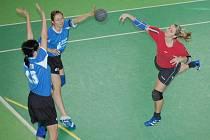 Semifinálový turnaj vyhrál HK Hlinsko a spolu s Rokytnicí postoupil do finále Českého poháru.