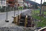 Na ulici Kropáčova se buduje nová kanalizace