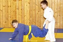 Tomáš Hynčica (modré kimono) při tréninku