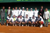 Přerovský tým vyhrál všechna utkání v základní skupině a ve finále podlehl silnému Prostějovu.