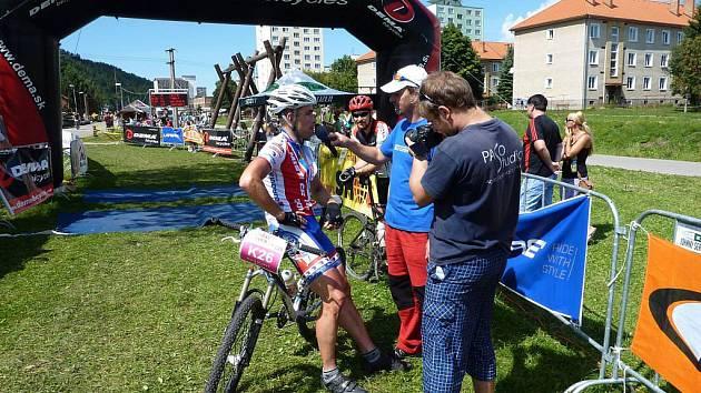 Hranický cyklista Karel Hartl si na třídenním závodě Horal Tour vyjel první místo