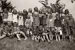 Konec školního roku 1947/1948  ve Špičkách.