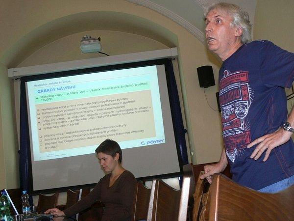 Zájemci se vHranicích seznámili snavrženou ochranou proti povodním