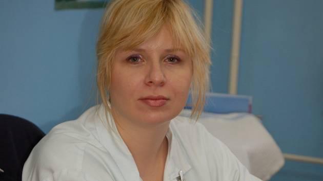 Eva Galnorová působí jako lékařka na kožním oddělení nemocnice v Přerově.