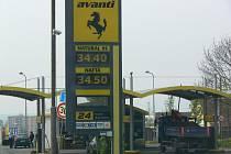 Cena na čerpací stanici Avanti v Hranicích ke dni 27.4. 2011.