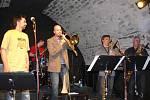 Na závěrečném jam sessionu Evropských jazzových dnů v Hranicích zahrála v pátek 27. dubna i hranická jazzová úderka H-Band
