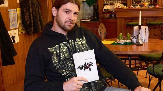 Roman Studený s novým CD skupiny Psycho Radio