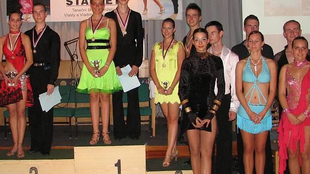 Alexandr Vícena a Milena Sotolářová  se umístili na 3. místě.