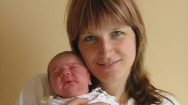Hana Chalánková, Hranice, syn Tomáš Chalánek, narozen 25. května 2008 v Olomouci, váha: 4,30 kg