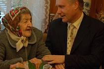 Marii Klesnilové v pátek 3. dubna poblahopřál k jejímu životnímu výročí také přerovský primátor Jiří Lajtoch.