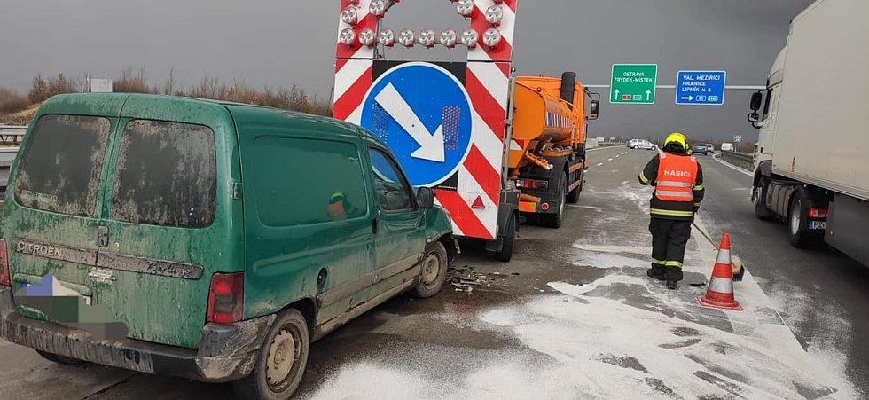 Nehody na D1 mezi Lipníkem a Hranicemi, 16. března 2021