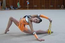 Natálie Zehnalová, moderní gymnastka TJ Sokol Velký Týnec, vybojovala na mistrovství republiky kadetek druhé místo.