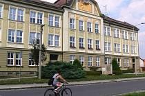 Škola v Drahotuších