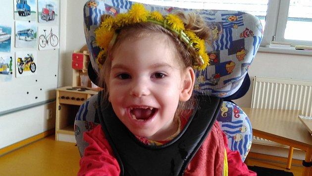 Výtěžek z chystané benefiční akce poputuje na potřebnou zdravotní péči a důležité pomůcky pro Julinku z Bělotína