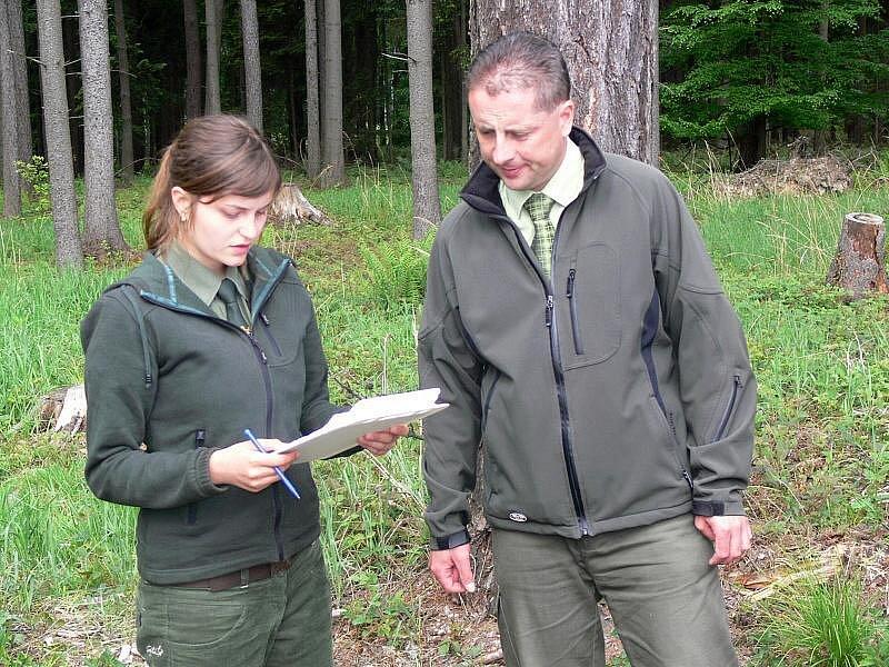 Praktické maturity na Střední lesnické škole v Hranicích v lesích okolo Valšovic