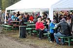Stovky návštěvníků si v sobotu nenechalo ujít slavnostní výlov rybníku Choryně Velká nedaleko Hustopeč nad Bečvou.