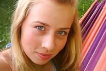 KATEŘINA VALENTOVÁ, 14 let, Hranice, Zájmy: fitness aerobik, tanec, klavír, kámošky