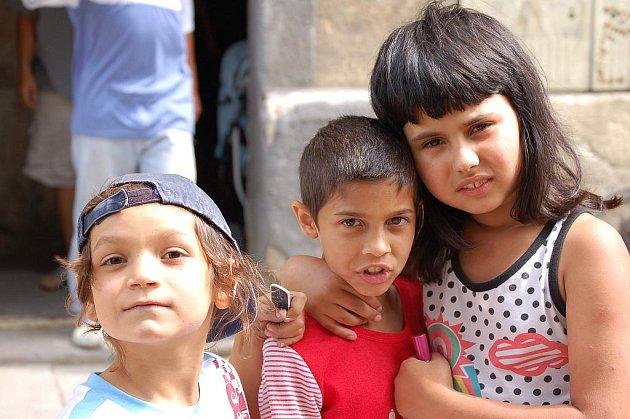 Romové chtějí odcestovat ze země.