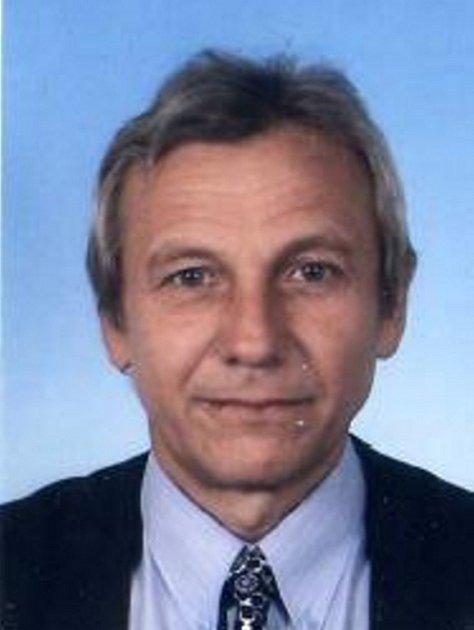 Lubomír Kubica, trenér a sekretář SK Hranice.
