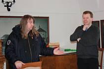 Konference Z hudební historie Hranicka a Lipenska v bývalé konírně hustopečského zámku