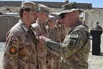 Ocenění příslučníkům jednotky 1. MAT Wardak