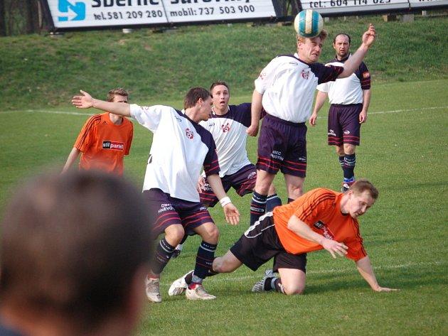 Fotbalisté Kozlovic neudrželi jednobrankové vedení a nakonec s Hněvotínem remizovali 1:1.