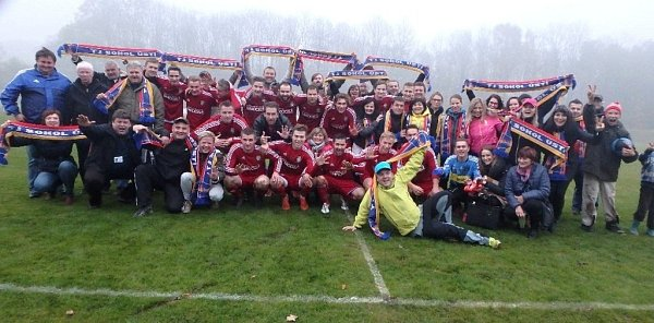 Na utkání vLitovli přijela fotbalisty Ústí podpořit ipočetná skupinka fanoušků