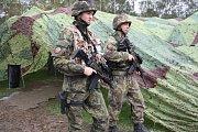 Vojáci na cvičení. Ilustrační foto