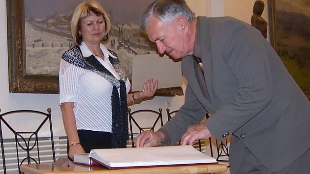 Cenu města Přerov převzal i vývojový pracovník Přerovských strojíren a vynálezce Milan Geryk.
