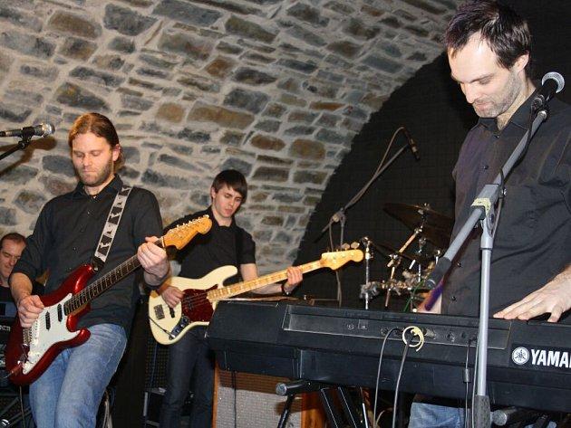 Pink Floyd Tribute Band v Zámeckém klubu v Hranicích