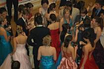 O víkendu se v Přerově konaly hned dva stužkovací plesy, a to Gymnázia Jana Blahoslava a Gymnázia Jakuba Škody.
