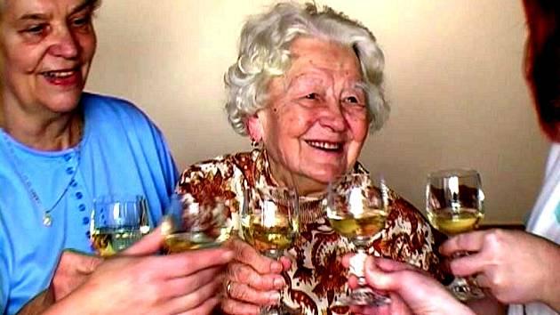 Františka Radová z Hranic oslavila v těchto dnech své devětadevadesáté narozeniny.